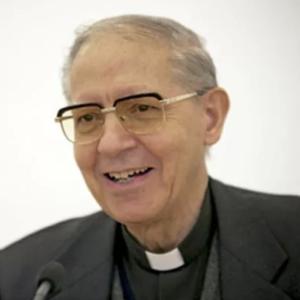 Adolfo Nicolas carrée